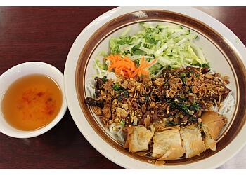 Glendale vietnamese restaurant Pho Avina