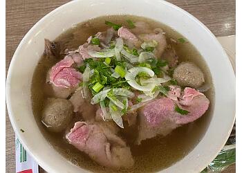 Pasadena vietnamese restaurant Pho Banh Mi Che Cali
