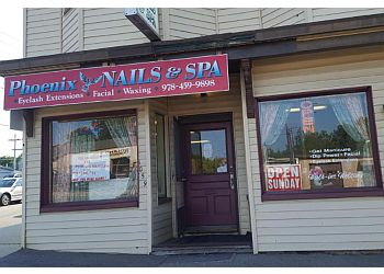 Lowell nail salon Phoenix Nails and Spa
