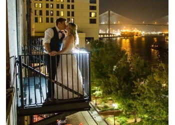 Savannah wedding photographer Photos by Rich Burkhart