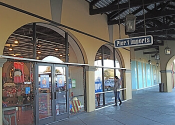 Thornton furniture store Pier 1 Imports