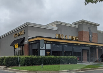 Montgomery pizza place Pies & Pints