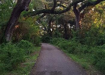 Hollywood hiking trail Pine Island Ridge Natural Area