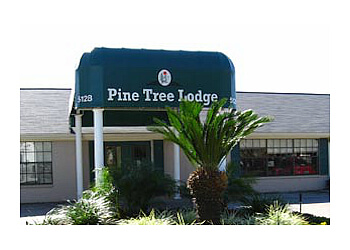 Pasadena assisted living facility Pine Tree Assisted Living