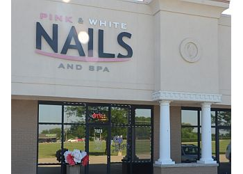 Springfield nail salon Pink & White Nails & Spa