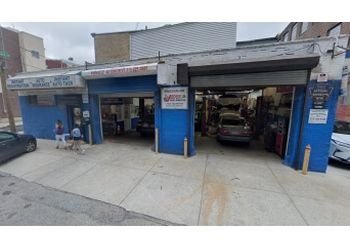 Philadelphia car repair shop Pinnacle Auto Repair and Tires