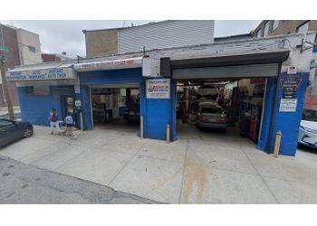 Philadelphia car repair shop Pinnacle Auto Repair and Tires