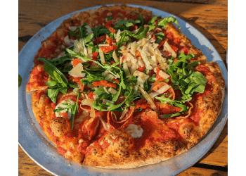 Austin pizza place Pinthouse Pizza