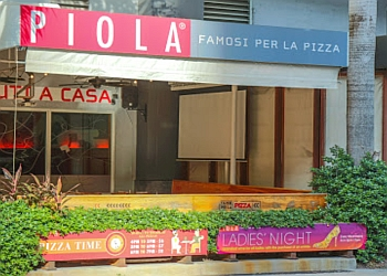 Miami pizza place Piola