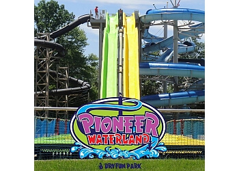 Cleveland amusement park Pioneer Waterland & Dry Fun Park