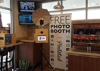 Baltimore photo booth company Pixilated