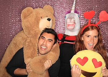 San Diego photo booth company Pixster Photobooth LLC