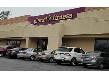 Fontana gym Planet Fitness