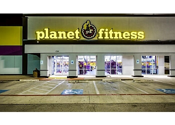 Irving gym Planet Fitness