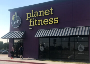Tulsa gym Planet Fitness