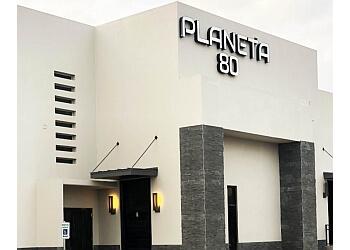 Laredo night club Planeta 80 Bar & Grill