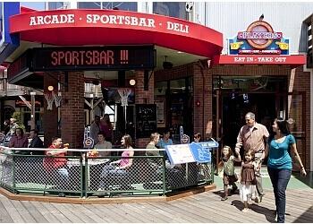 San Francisco sports bar Players Sports Grill & Arcade