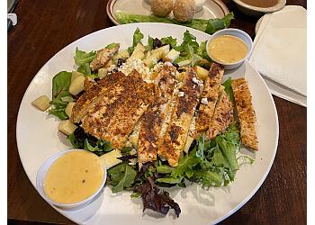 Irving american restaurant Po' Melvin's