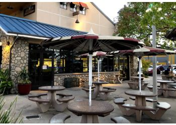 San Diego seafood restaurant Point Loma Seafoods