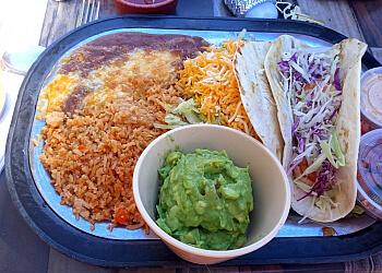 Kansas City mexican restaurant Ponak's Mexican Kitchen & Bar