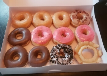 Birmingham donut shop Pop's Donuts