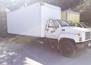 Salinas moving company Power Moves Services, LLC.