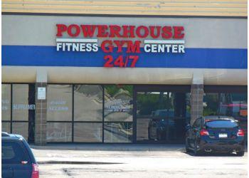 Aurora gym Powerhouse Gym