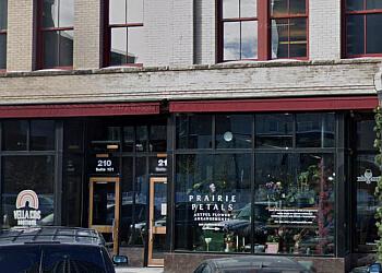 Fargo florist Prairie Petals