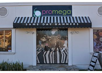 Laredo sign company Pro Mega Signs