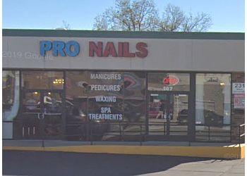 Denton nail salon Pro Nails