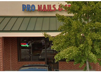 Hampton nail salon Pro Nails & Spa