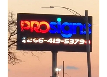 Detroit sign company Prosigns