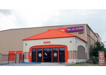 New Orleans storage unit Public Storage