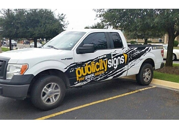 Laredo sign company Publicity Signs