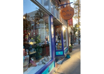 Charlotte gift shop Pura Vida Worldly Art