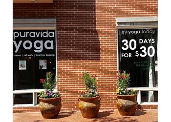 San Diego yoga studio Pura Vida Yoga
