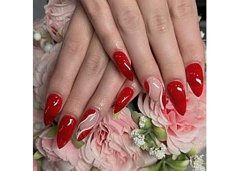 Aurora nail salon Queen Nails