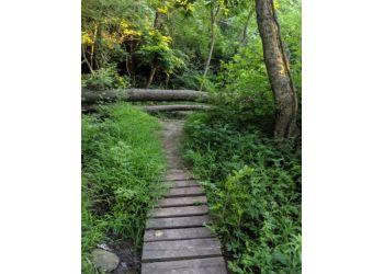 Kansas City hiking trail ROZARKS NATURE TRAIL