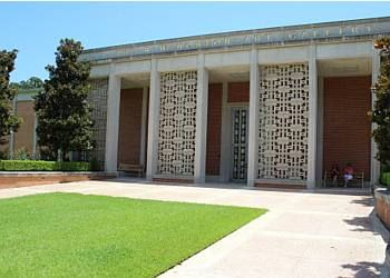 Shreveport places to see R.W. Norton Art Gallery