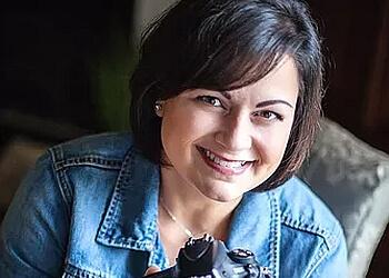 Fayetteville commercial photographer Rachael Santillan