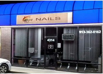 Kansas City nail salon Rainbow Nails