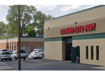 St Paul auto body shop Raymond Auto Body