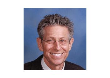 Thousand Oaks gynecologist  Raymond I. Poliakin, MD, FACOG