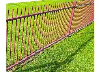 Oxnard fencing contractor Rc Fence