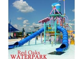 Warren amusement park Red Oaks Waterpark