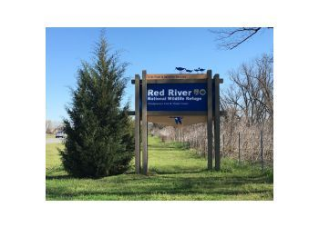 Shreveport hiking trail Red River National Wildlife Refuge