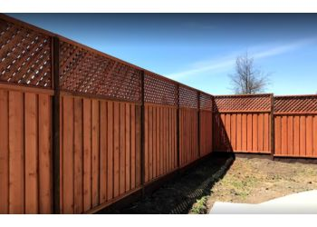 Santa Rosa fencing contractor Redwood Residential Fence