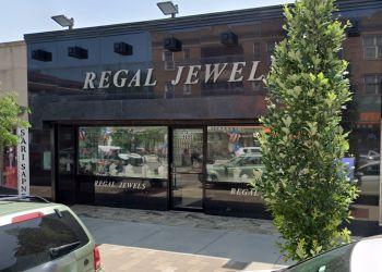 Chicago jewelry Regal Jewels Inc.