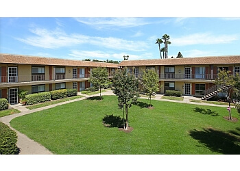 Huntington Beach apartments for rent Regency Palms Apartments