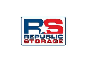 Boise City storage unit Republic Storage Maple Grove